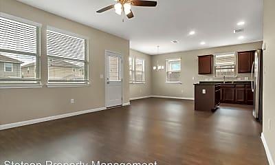 Living Room, 390 Guemal Rd, 1
