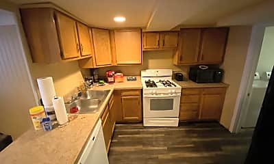 Kitchen, 907 Gompers Ave, 1