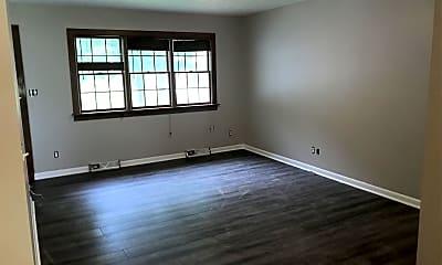 Living Room, 606 Brookside Dr, 1