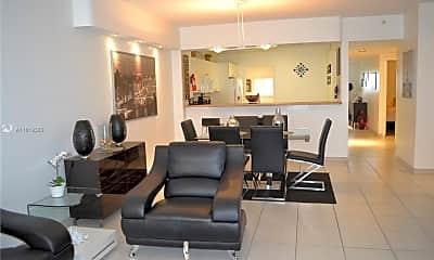 Living Room, 17050 N Bay Rd 806, 0