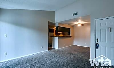 Living Room, 1348 Thorpe Ln, 2