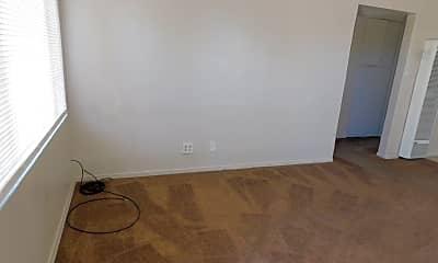 Living Room, 1614 N Sierra View St, 1
