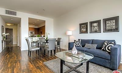 Dining Room, 900 W Olympic Blvd 33F, 1