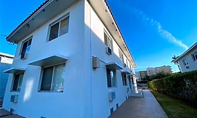 Building, 1965 Marseille Dr, 2