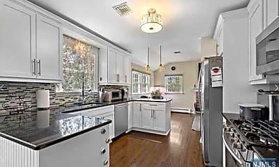 Kitchen, 251 Brookside Ave, 1