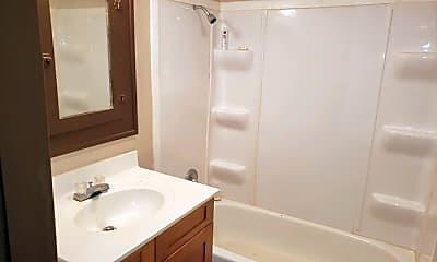 Bathroom, 2047 Logan Ave, 2
