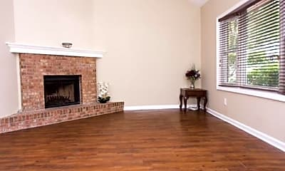 Living Room, 754 Coventry Township Pl, 1