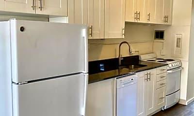Kitchen, 525 E Harrison St, 1