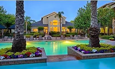Pool, City West, 1