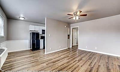Living Room, 2436 E 6th St, 0