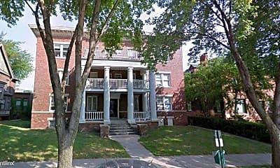 Building, 683 Prentis St, 0