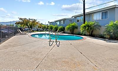 Pool, 11018 Moorpark St, 2