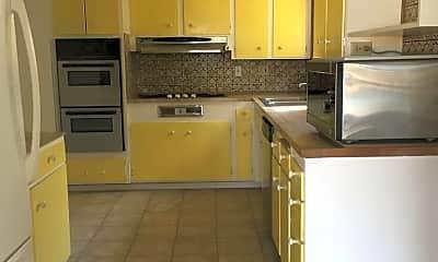 Kitchen, 4150 Taos Dr, 1