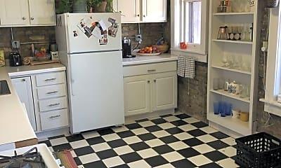 Kitchen, 2821 E Belleview Pl, 1