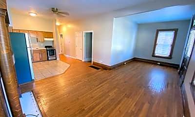 Living Room, 149 Frambes Ave, 1