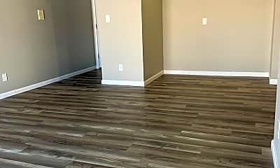 Living Room, 1319 Clayton Ct, 0