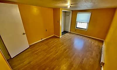 Living Room, 49 Bardwell St, 2