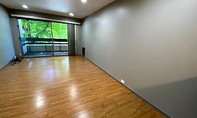 Building, 4101 Howe St, 1