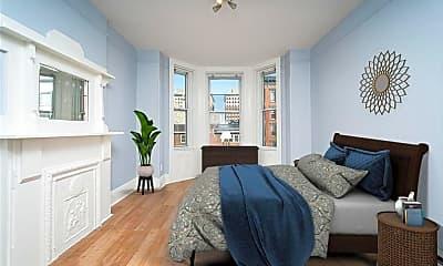 Living Room, 114 Washington St 7, 0