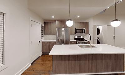 Kitchen, 4325 Roanoke Pkwy, 1