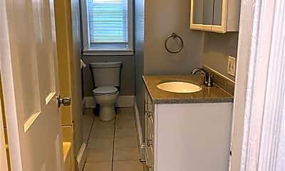 Bathroom, 55 Vinton St 1, 2