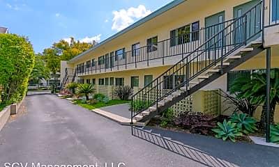 Building, 789 E Villa St, 1