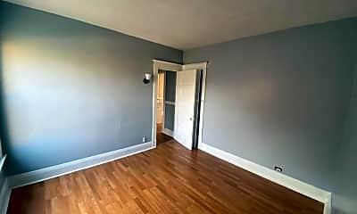 Bedroom, 655 Platt St, 1