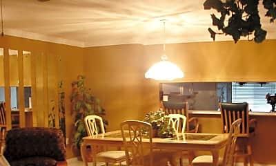 Dining Room, 3032 Sandpiper Bay Cir G203, 1