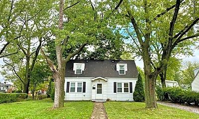 Building, 21123 Oak St, 0