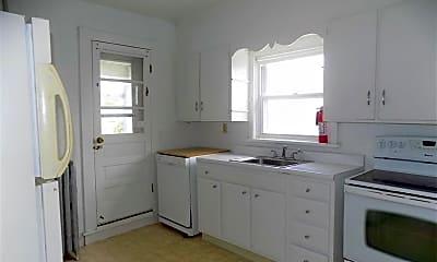 Kitchen, 1310 Washburn St, 1