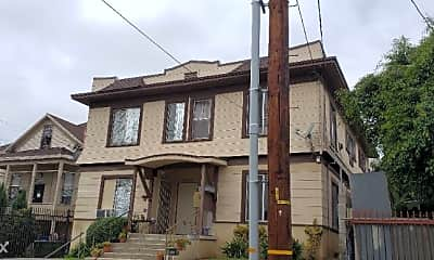 Building, 609 Belmont Ave, 1