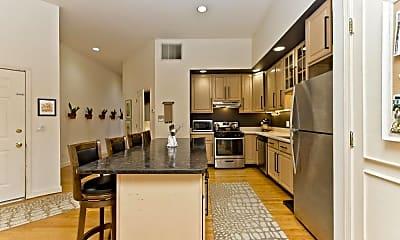 Kitchen, 1470 N Milwaukee Ave, 1