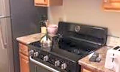 Kitchen, 38 Boston Rd STUDIO, 2