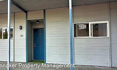 Building, 1050 SW 151st St, 1
