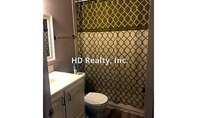 Bathroom, 149 Springwood Cir, 2