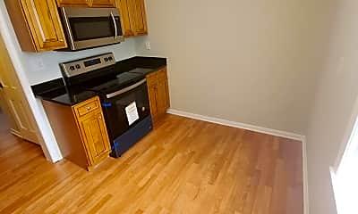 Kitchen, 2001 38th St SE 101, 1