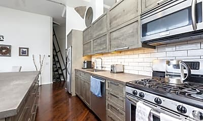 Kitchen, 1801 W Larchmont Ave, 1