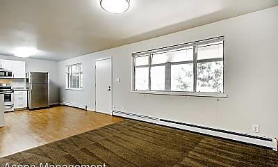 Living Room, 701 Arapahoe Ave, 2