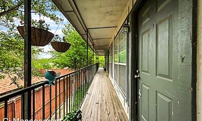 Patio / Deck, 5825 Reiger Ave, 2