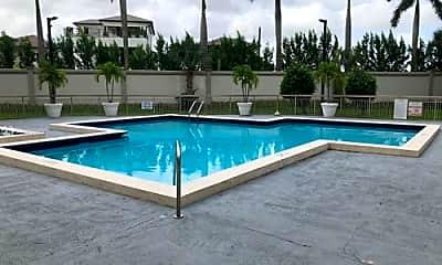 Pool, 8353 Lake Dr, 2