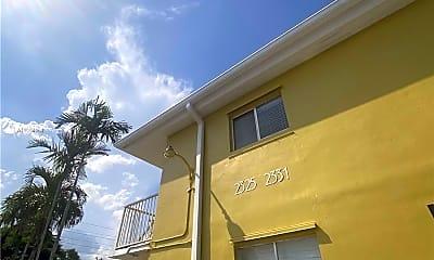 Building, 2325 Arthur St 7, 2
