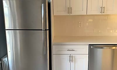 Kitchen, 166 Grand Ave D5, 1
