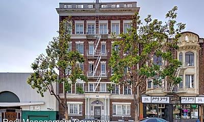 Building, 945 Larkin St, 1