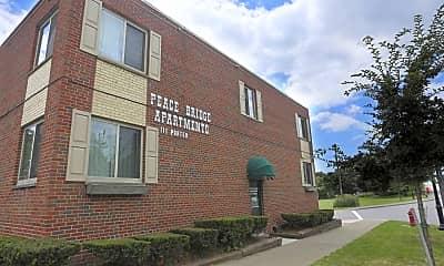 Building, Peace Bridge Apartments, 0