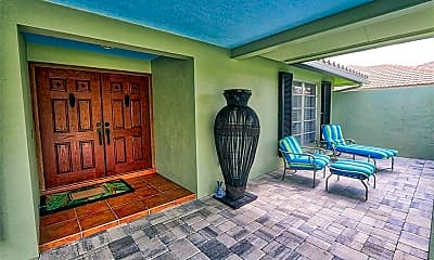 Patio / Deck, 525 Pine Grove Ln, 1