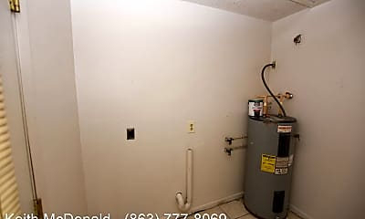 Bathroom, 1312 Tom Watson Rd, 2
