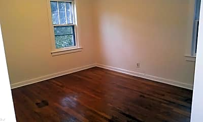 Bedroom, 11 Bayless Ave, 2