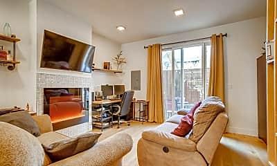 Living Room, 1277 N Jessup St, 1