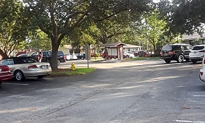 Moultrie Apartments, 2