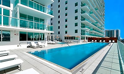 Pool, **Luxury Panoramic Views** 400 Sunny Isles Blvd, 2